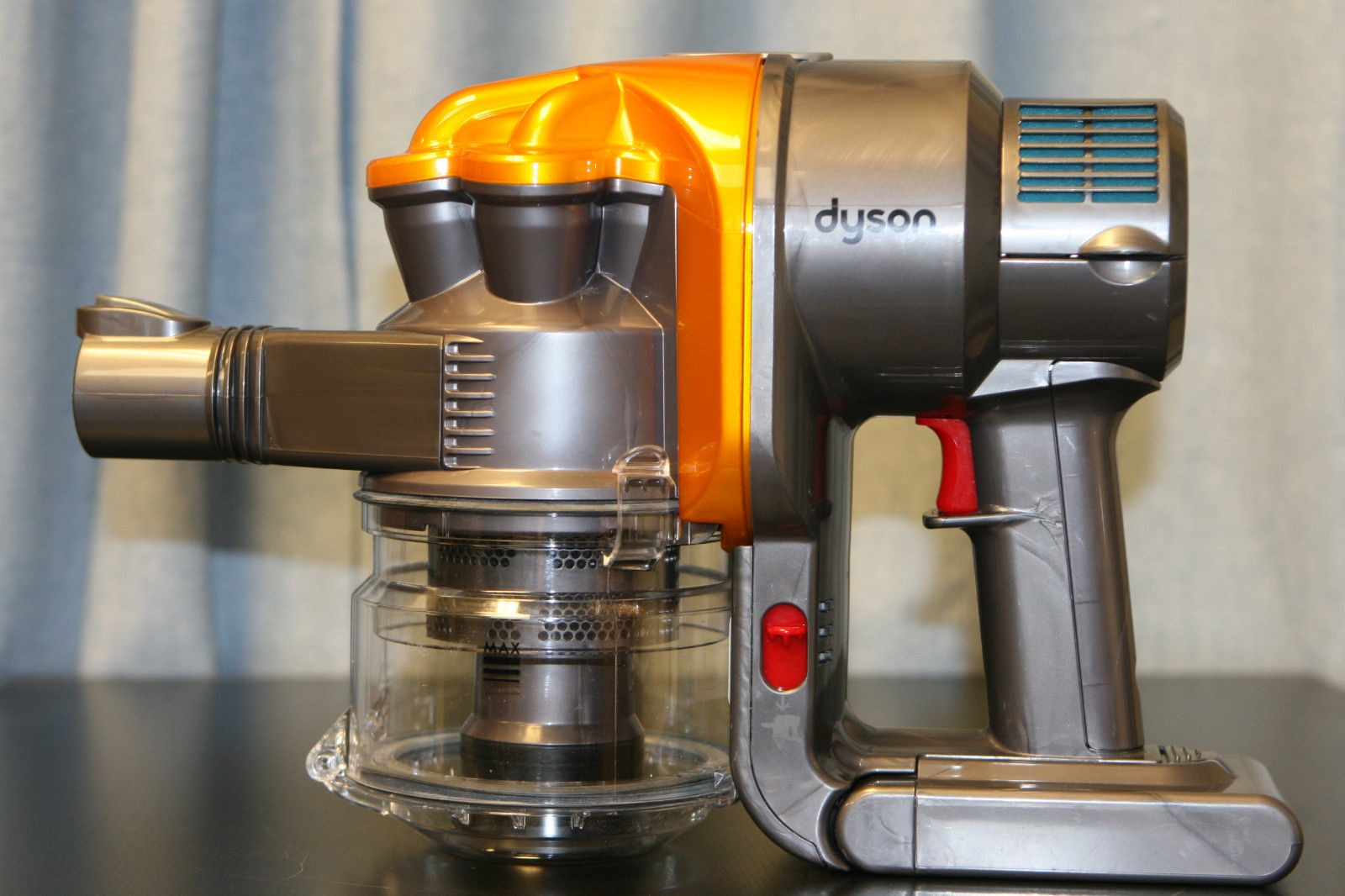 dyson dc16 handheld teardown experimental engineering. Black Bedroom Furniture Sets. Home Design Ideas