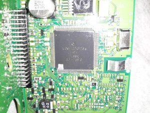 MC9S12DT128B Microcontroller
