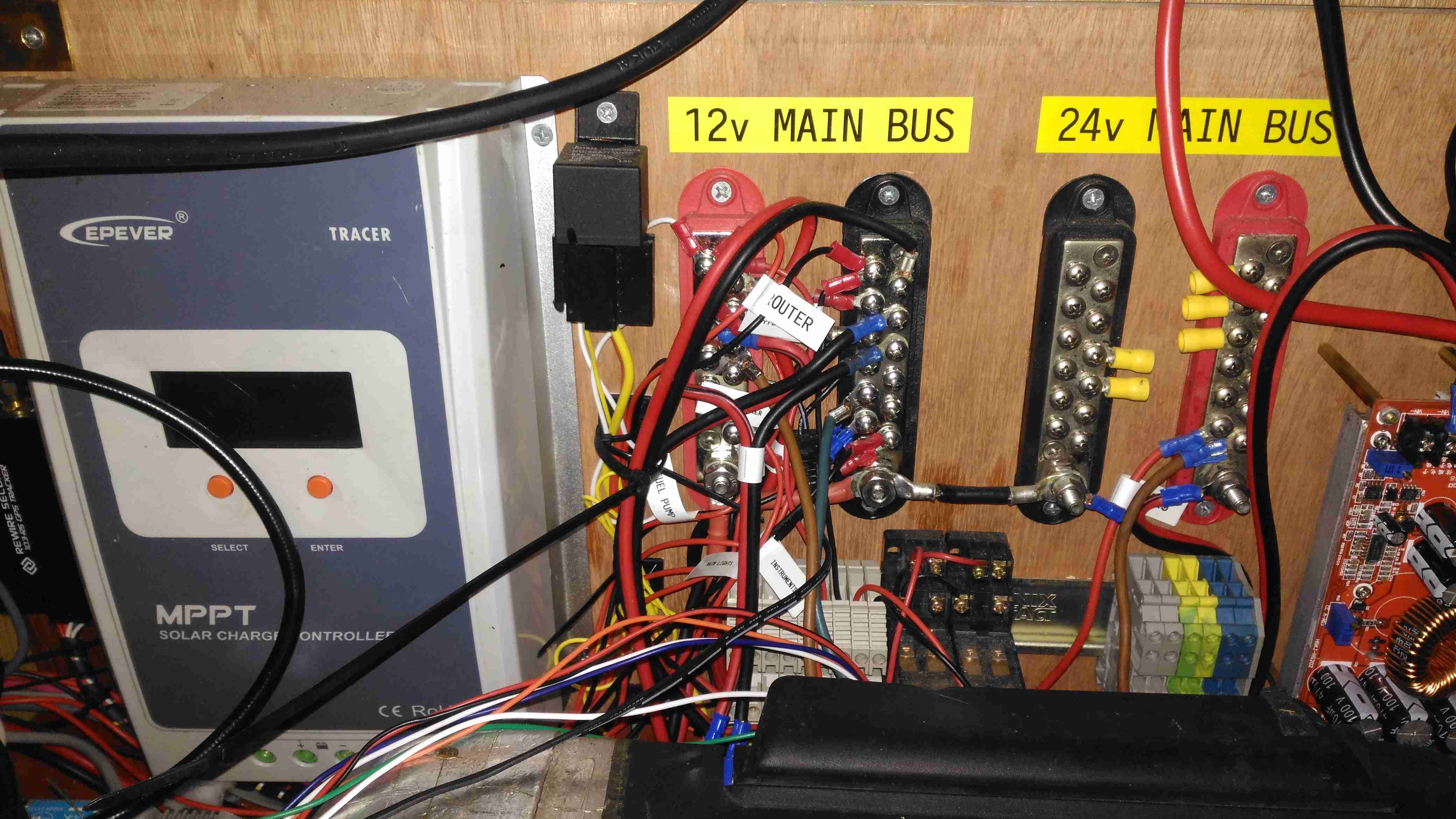 Router Motherboard Archives Experimental Engineering 12 Volt Timer Relay Maplin Main Bus Bars Solar Controller